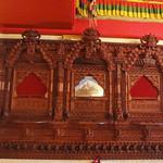 20315375 - 木彫りの飾り窓