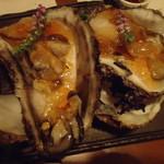 旬鮮炭火焼 獺祭 - 伊東産岩牡蠣