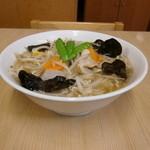 八ヶ岳ラーメン 麺八 - うわさのタンメン
