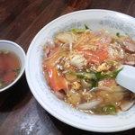 新華苑 - 料理写真:今日の日替わりは、大好きな中華丼ですね。