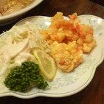 新華苑 - 料理写真:友人は鶏肉が食べられないので海老に変えてくれました。