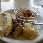 SWEETS PARADISE - ケーキとキャラメルポップコーン。