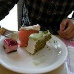 2041499 - 色んなケーキ。