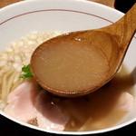 麺と心 7 - 冷やし鮎白湯らーめん スープ