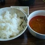 玄 - ライス・ユッケジャンスープ(お替り自由)