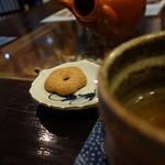 夢創庵 - 蕎麦茶と蕎麦ぼーろ