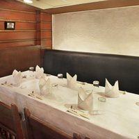 2階「GRILL銀座ライオン」はゆっくりおくつろぎ頂ける個室・お席を多数ご用意しております!