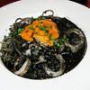 Restaurant Potager - 料理写真:生うにとイカスミのスパゲッティ & イカのフリット