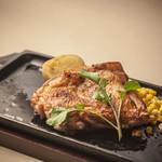 ステーキハウス - 信州ハーブ鶏モモ肉の皮パリパリソテー