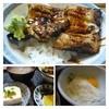 幸喜寿し - 料理写真:口コミで美味しいと書かれていた「あなご丼(800円)」にしました。 「冷ややっこ」「山芋短冊」「貝汁」が付きます。貝汁は「アサリ」タップリで美味しい。