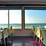 ガシーヨ・デル・マーレ - 窓一面に広がる海
