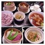 20637425 - 「フカヒレ姿煮セット(3000円)を。「フカヒレの姿煮」「蟹小ロン包」「蒸し野菜」「ザーサイ」「杏仁豆腐」、ご飯はお粥かご飯かを選べますので「ご飯」を。