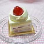 マールブランシュ  - 莓のショートケーキ