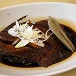 海鮮料理 みはる - 金目鯛の煮つけ:頭がないのは、冷凍物かな