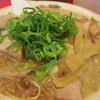 魁力屋 - 料理写真:特製醤油肉入りラーメン(並) @¥850−2013.5