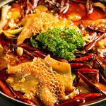 龍記 - 暑い夏にこそ食べてもらいたい『火鍋』