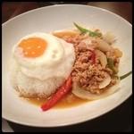 タイ料理JUMPEE - タイ飯!