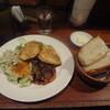ヴァン・ド・リュー - 料理写真:1000円ランチ(鶏胸肉のソテー黒酢風味、パン)
