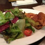 ビストロ マルサンヌ - 前菜のキッシュロレーヌ