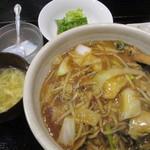 Melty - 日替わりの中華丼 580円
