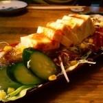 鳥料理の店ぽんた - 豆腐サラダ