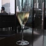 TWO ROOMS GRILL|BAR - Champagne  Louis Roederer  Brut Premier NV