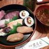 大須寶寿司 - 料理写真:取合せ寿司(650円)