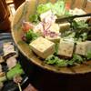 おっ鳥家 - 料理写真:豆腐サラダとねぎま串です。