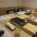 蔵六雄山 - こちらはカウンターです。