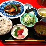 おとわ - おさかなご膳950円(メヌケの煮付け)