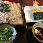 そば処 よしの - 料理写真: