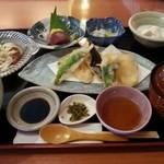 和遊食 肴菜や - 料理写真:日替わり定食900円
