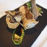 レストラン トエダ - 前菜:ジャガイモをまとった高知県産鮎のフリット 香草マヨネーズとヴィネグレットムータルド