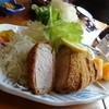 とんかつうえの - 料理写真:ジャンボとんかつ(ロース400g)断面