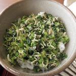 蕎麦や 銀次郎 - 選べるご飯は ちりめん高菜