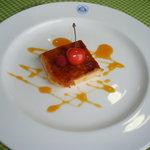 レストラン&ベーカリー ミーモ - これ、食べたことのないデザートでした。デザートの名前が分かる人がいたら教えてください。