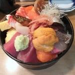 寿司芳 - 上ちらし1,575円
