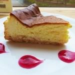 フラットホワイトコーヒーファクトリー - チーズケーキ