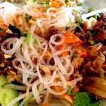 ワールド・ブレックファスト・オールデイ - 米麺で丸麺