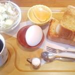 ブルボン - 料理写真:ブレンドコーヒー&モーニングD(アーモンドバタートースト)