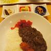 ウーマイ - 料理写真:オススメプレート定食 780円☆特製カレーライス