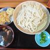 和楽亭 - 料理写真:肉汁うどん(天ぷらつき)
