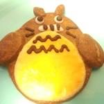 パティスリーカリオン - 料理写真:トトロか?バイキンマンか?