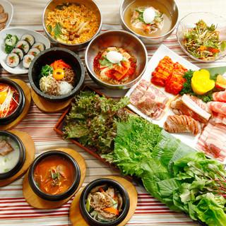 新大久保で焼肉と韓国料理50種が食べ放題★ディナーバイキング
