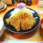 とんかつ皆川 - 料理写真:ランチのロースかつ定食