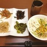 21182957 - 食べ放題のお惣菜