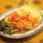 プァンタイ - ソムタムタイ(780円)青パパイヤのサラダ