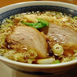 三代目 仔虎 - 料理写真:らーめん(醤油味)