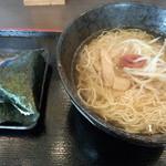 味美 - 料理写真:旨塩ラーメン(おにぎり付き)550円 (2013.09.07)