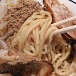 麺や葵 - 麺は太ストレート麺!